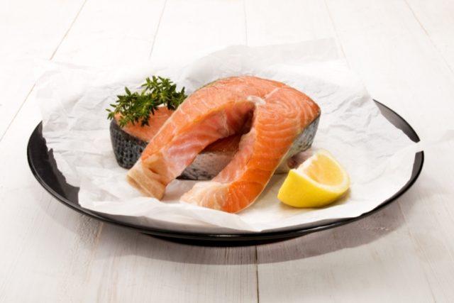 Kilo aldırmayan sağlıklı somon balığı tarifi