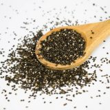 Kilo vermeye yardımcı protein kaynağı Matcha tozlu Chia tatlısı