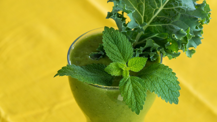 green-smoothie-2611410_1920-1.jpg