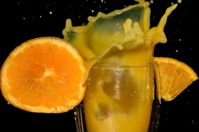 orange-juice-2117019_1920-1.jpg