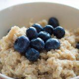 Kilo vermeye yardımcı yulaf ezmeli kahvaltı tarifleri