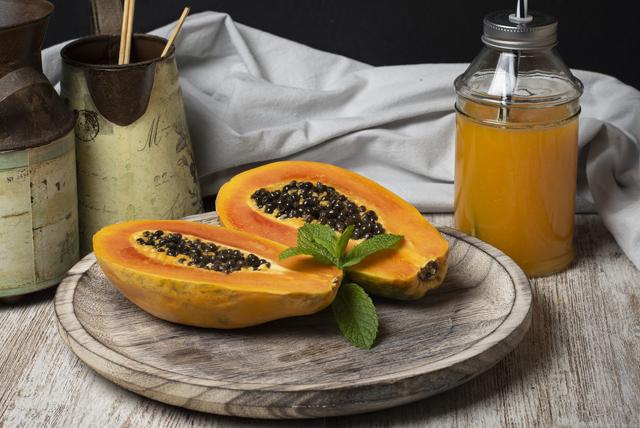 Kilo vermeye yardımcı, bağışıklık güçlendiren papaya salatası