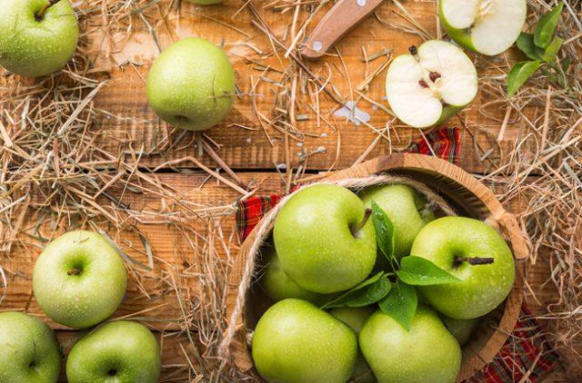 Sağlık için hangi meyveyi ne zaman yemeliyiz?